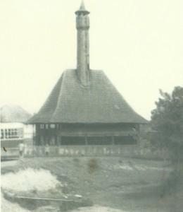 Devetak drvena džamija